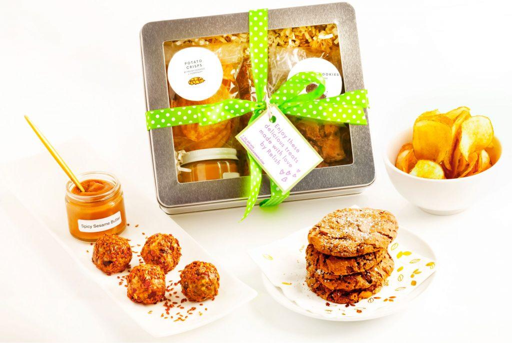 summer snack gift box